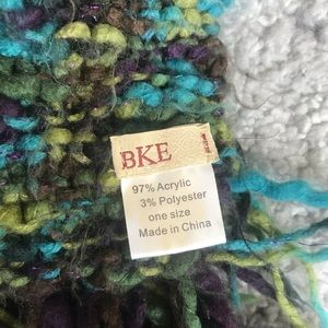 BKE Accessories - Multicolored knit scarf